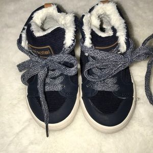 Navy boots toddler size 6